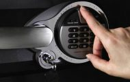 best fingerprint gun safe
